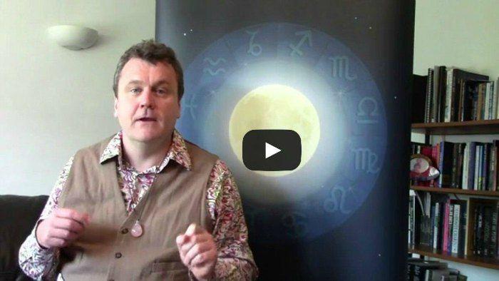 london astrology readings julian venables 700x394